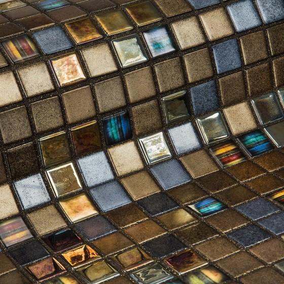 Mosaic Tile Topping Pecans - Ezarri
