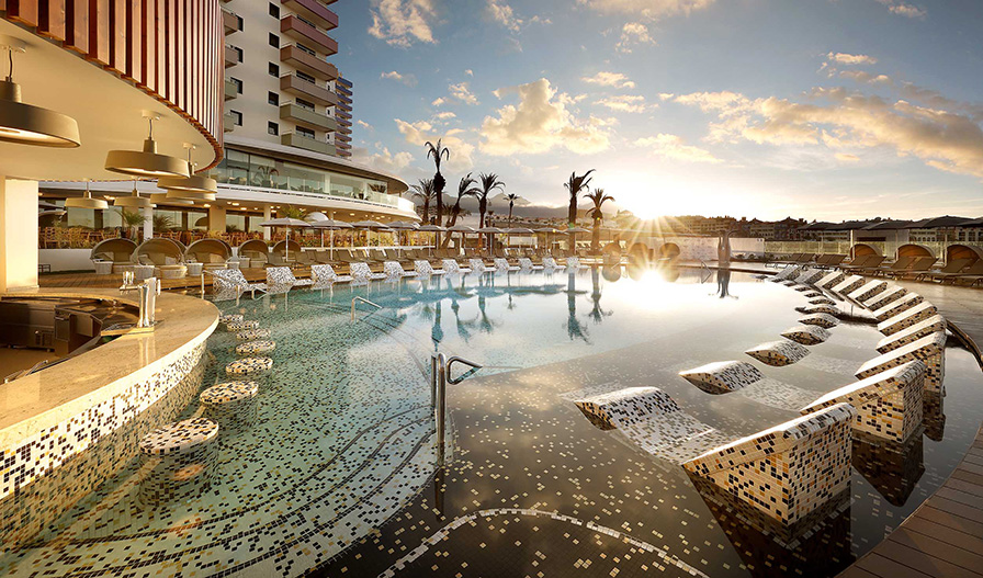 Ezarri Mosaico, estrella del Hard Rock Hotel Tenerife