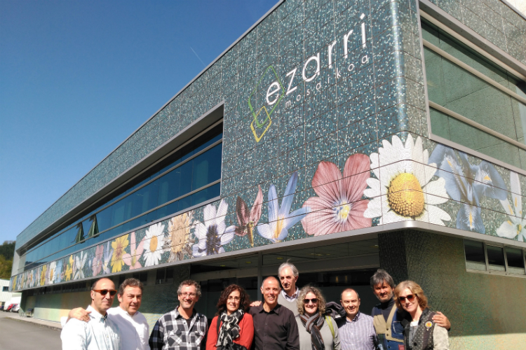 Ezarri abre sus puertas al Colegio Oficial de Diseñadores de Interior / Decoradores de Navarra