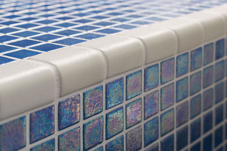 Corner: an exceptional mosaic tile piece for pools