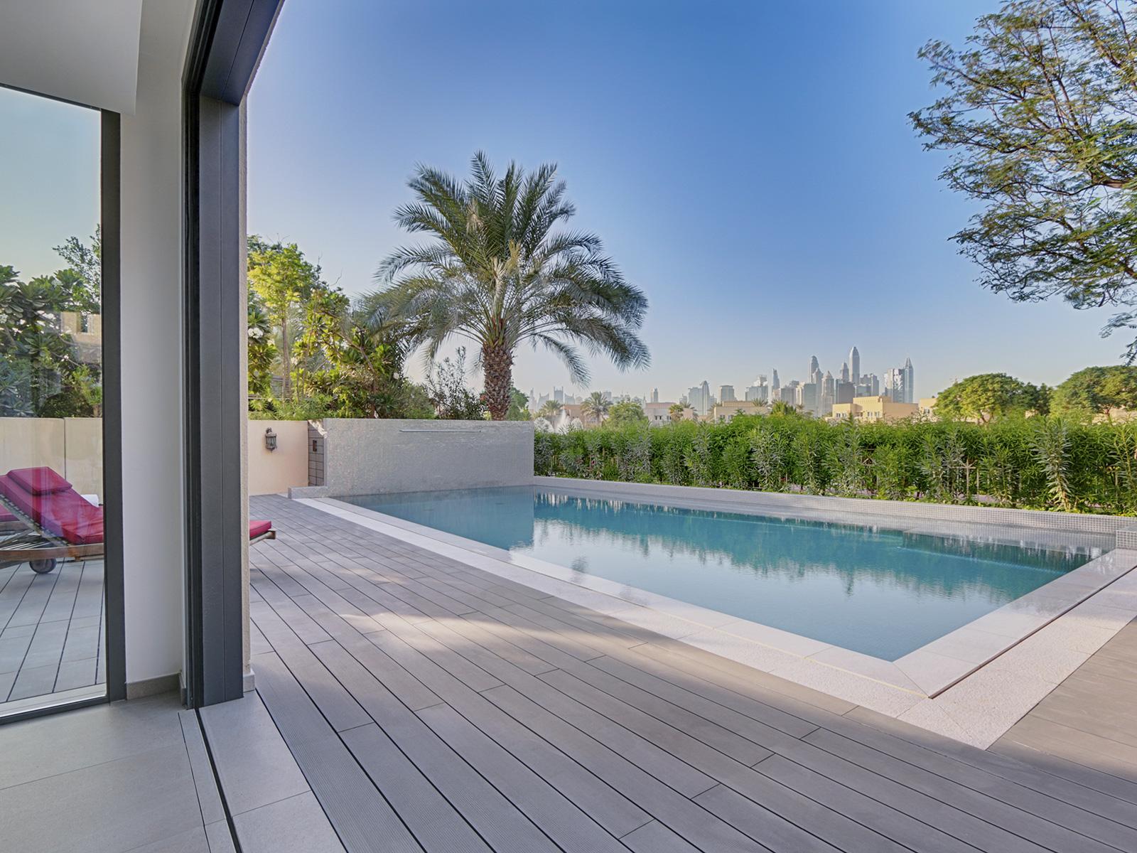 glass mosaic pool Dubai