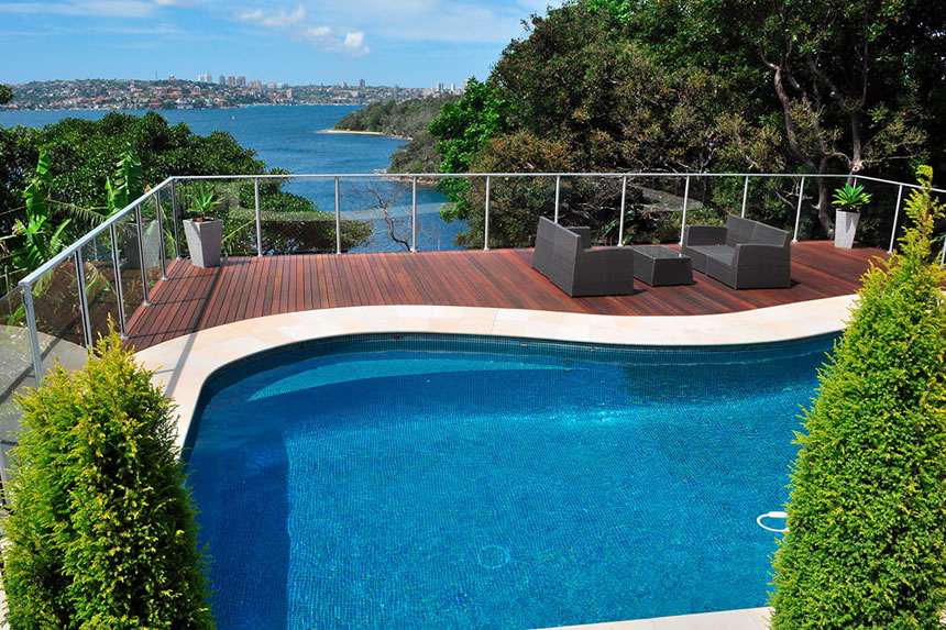 reasons to choose mosaic tiles for your pool