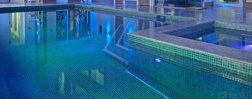 Soluções para piscinas — Ezarri