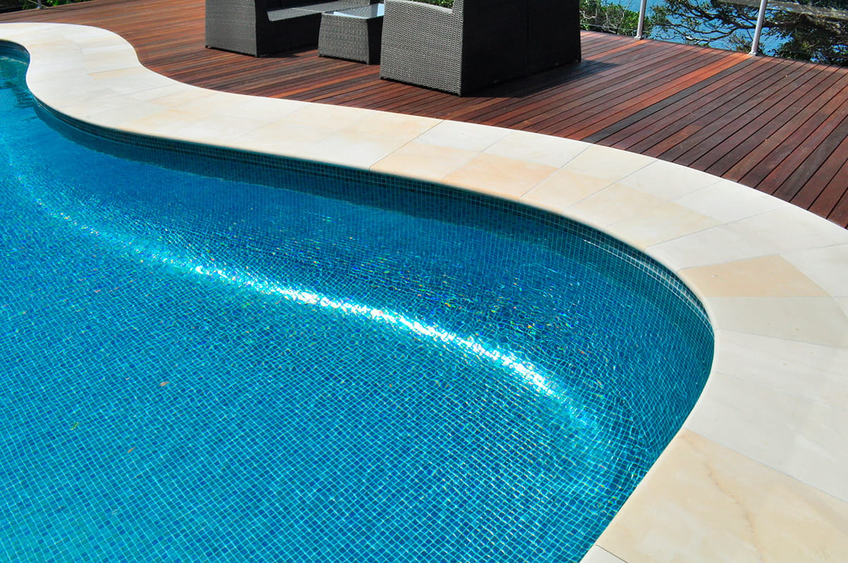 Noble pool tile tile design ideas for Piscine aquajade