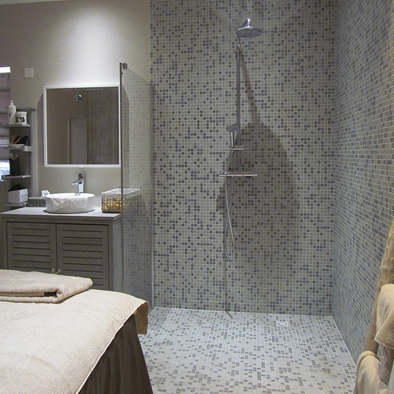 Mosaic-Room-Deco-Shower-Ezarri